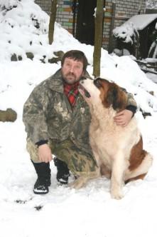 С сенбернаром Барри на даче, 2009