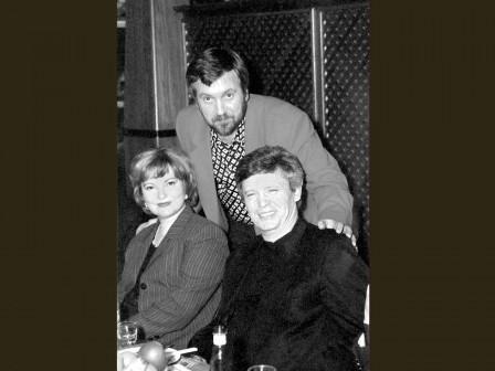 С артистами Б.Токаревым и Л.Гладунько, 2001