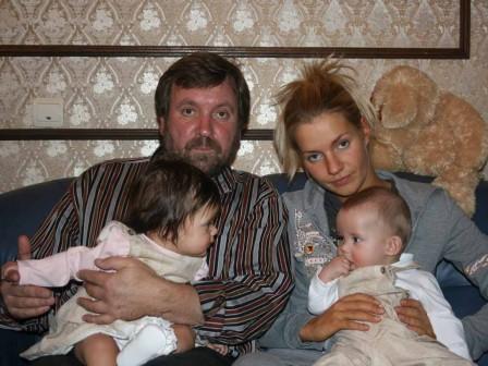 С дочерью и внуками, 2008