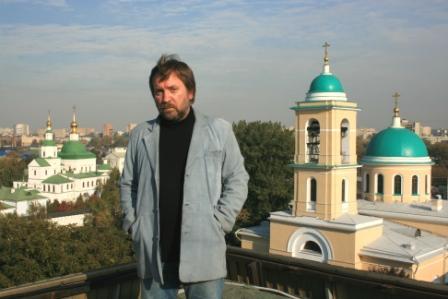 Октябрь, 2010, на крыше «Даниловской»