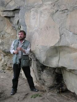В ущелье Архыз у древнего лика Христа, 2006